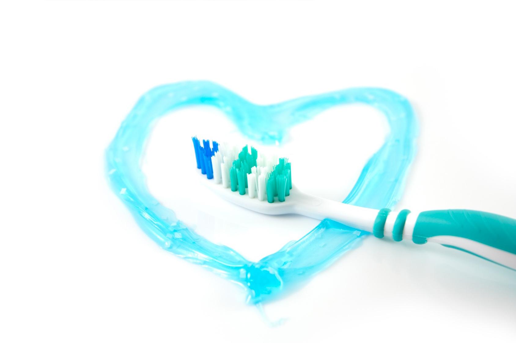 Dentifricio per gengive infiammate, quale scegliere